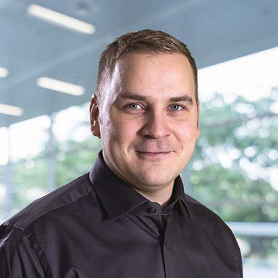 Heikki Laitinen, Ikoni Ikkunat